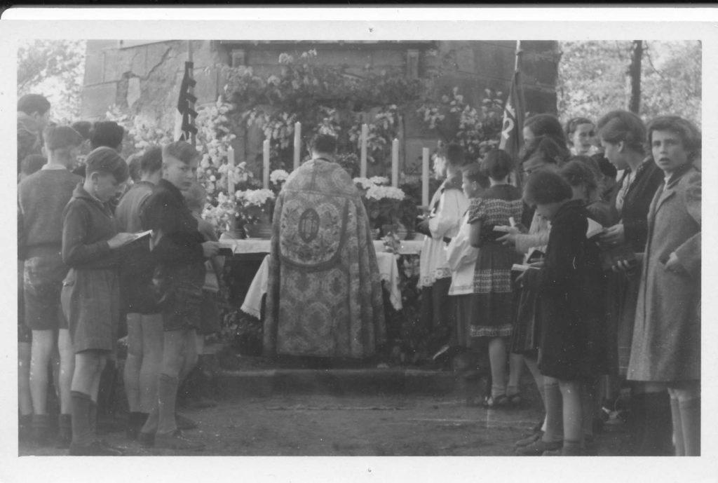 """Kirche """"Heiliger Geist"""" Weinböhla 40"""