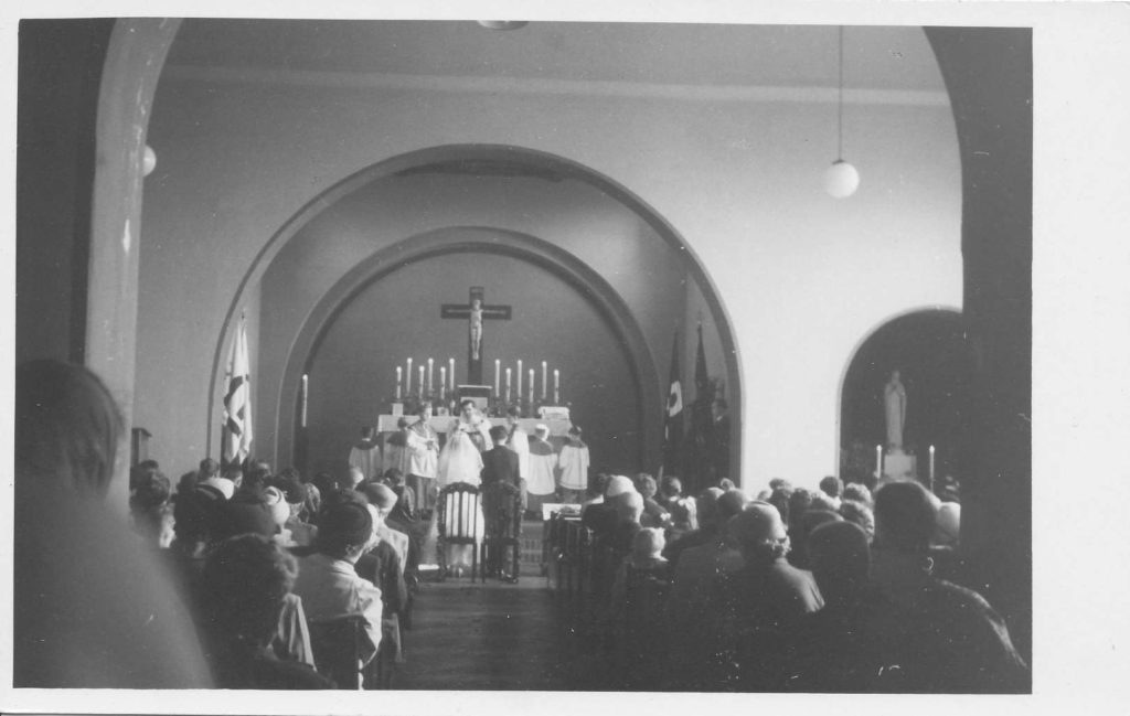 """Kirche """"Heiliger Geist"""" Weinböhla 44"""