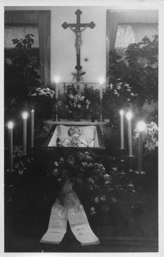 """Kirche """"Heiliger Geist"""" Weinböhla 56"""